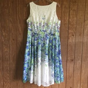 Danny and Nicole Beautiful Floral Lace Dress 16
